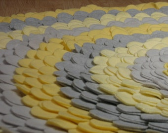 Gray and Yellow Fleece Precision- cut,Professionally Engineered , Large Round Nursery , Bedroom
