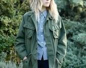 Unisex Army Green Military Field Coat Shirt/Jacket - Men's Small