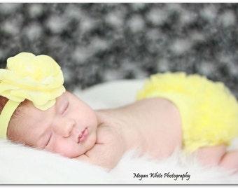 BABY BLOOMER and HEADBAND- Baby Girl Set, Ruffle bum baby bloomer, Yellow ruffle bloomer, Ruffle Diaper Cover, Baby Girl headbands