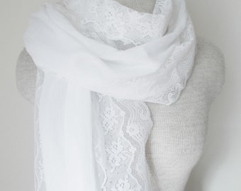 White Vintage Lace Edged Cotton Gauze Scarf