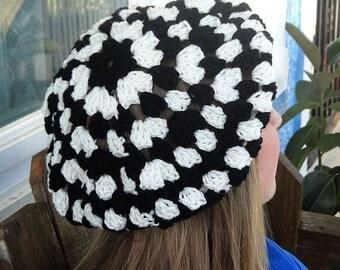 Handmade Crochet Beret, Black and White Crochet Hat, Slight Slouchy Beret B-1