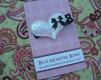 ONE DOLLAR CLIP White Glitter Heart with Bow Hair Clip No Slip
