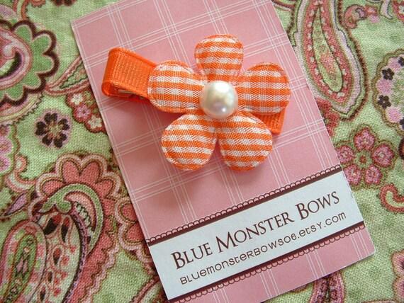ONE DOLLAR CLIP Orange Gingham Flower with Pearl Center Hair Clip No Slip