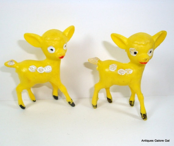 Vintage Deer, Yellow With Spots, Kitsch  (7804)