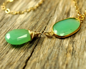 Glowing Apple Green Chrysoprase Gold Necklace