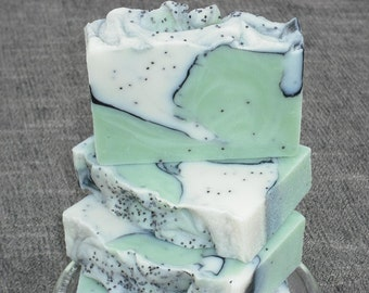 Green Tea Soap /  Activated Charcoal / Poppy Seed Soap/ Cold Process Soap / Exfoliation Soap / Handmade Soap