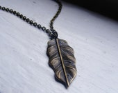 Feather Necklace. Nature Inspired Jewelry. Vintage Inspired Necklace. Stylish Jewelry. Celebrity Style