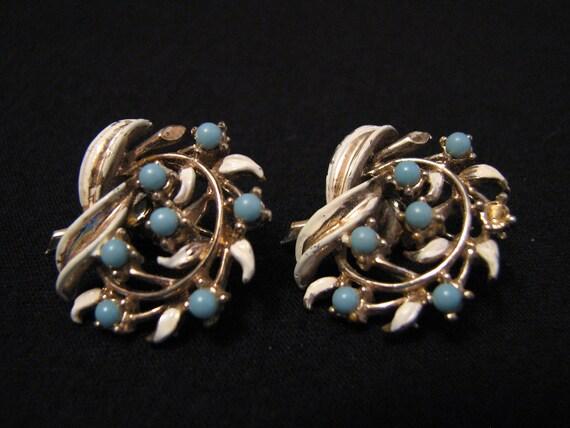 Vintage Gold Tone and Blue Beaded White Enameled Flower Clip Earrings