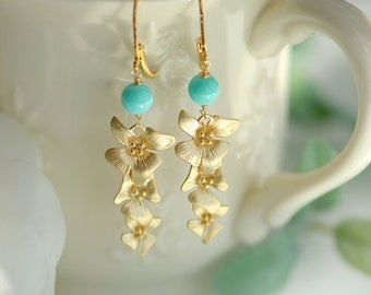 Bridesmaids earrings, Aqua earrings, Aqua blue earrings, Ocean blue wedding, Long gold earrings, Mother of pearl earrings, Bridal jewelry