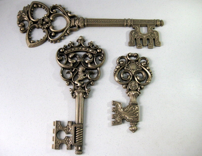 Wall Decor Keys : Vintage skeleton keys dart wall decor