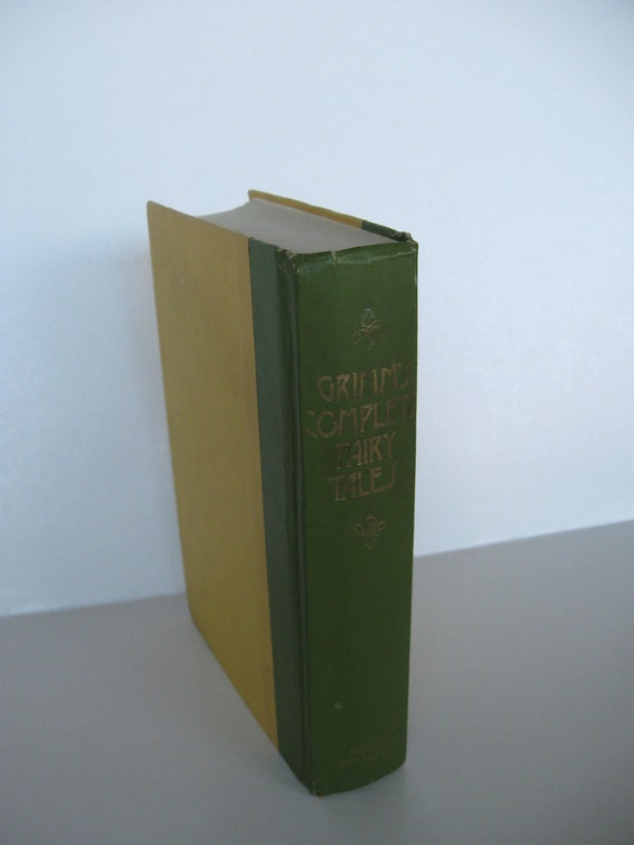 GRIMM'S Complete Fairy Tales Nelson Doubleday Publishers 1954