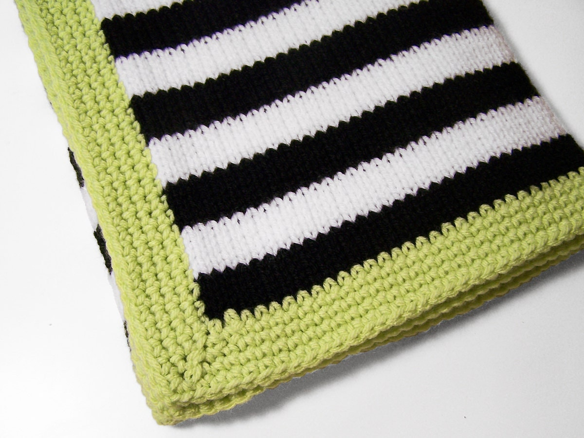 Modern Baby blanket in black and white stripes with a by ...