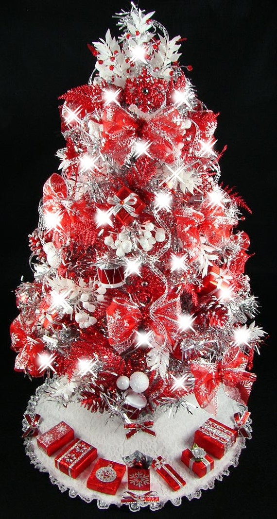 Mini tabletop christmas tree red silver snowflakes 50 - Christmas tree silver and red ...