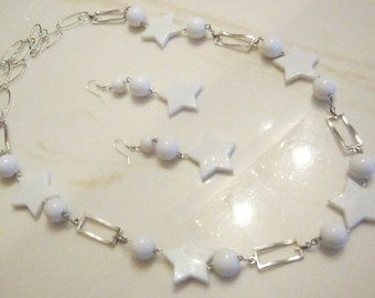 White Star - Bib Necklace and Earrings Set