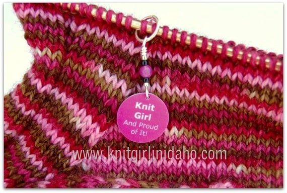 Knit Girl Stitch Marker (Pink)