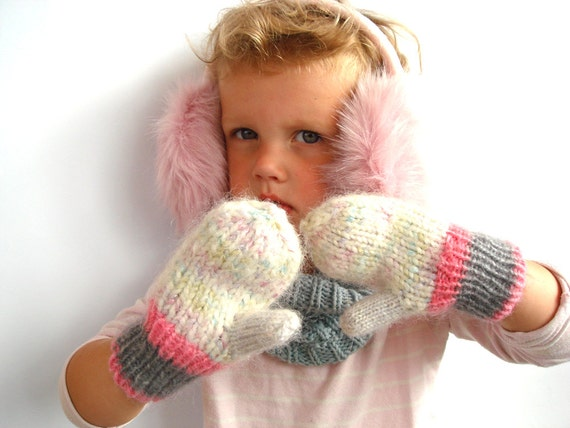 Toddler girl mittens, warm wool gloves, gift for kid