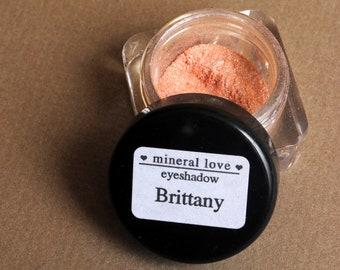 Brittany Small Size Eyeshadow
