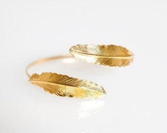 Double feather bracelet