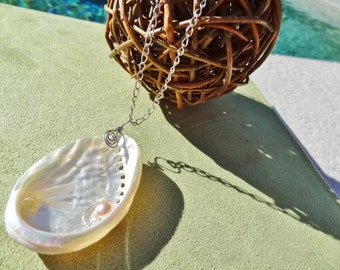 Abalone Necklace in Winter White - Beach Candies by Jessentials