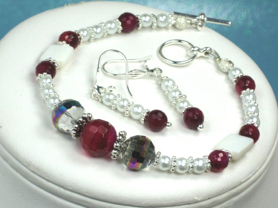 Cherry Red Agate Gemstone White Pearls Bracelet and Earrings Jewelry Set Red Agate Gemstone Beads  Swarovski Crystal Pearls