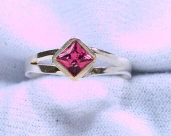 Natural Umbalite Garnet Argentium Silver Ring January Birthstone, Garnet Ring, 2nd Anniversary Gift