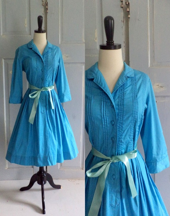 Vintage1950s Dress 50s Dress Blue Shirt Waist Full Skirt Dress Womens Size Medium