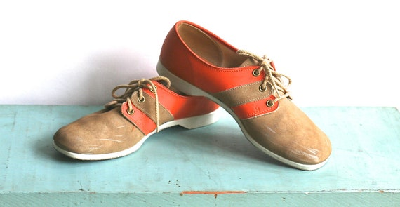 1970s Brunswick Bowling Shoes Orange Suede Womens 6 to 7