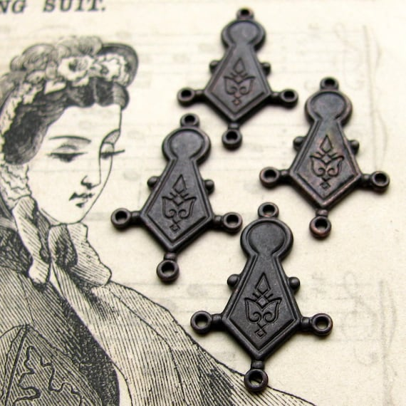 Keyhole link / drop - dark antiqued brass - 20mm (4 connectors) oxidized patina, black, chandelier earring drop, 3 to 1 reducer