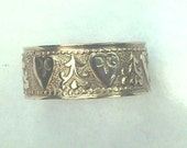 """Size 5.75 14K Antique Victorian Yellow Gold Patterned Heart Eternity Wedding Band 1/2"""" Wide"""