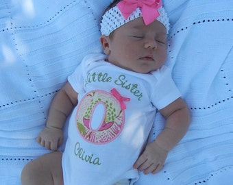 Little Sister Shirt - Little Sis Shirt - Little Sister Big Brother - Big Sister Little Sister - Initial Shirt with Bow