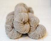Lilac & White Blended Jacob Wool Yarn - 2 ply, worsted weight.