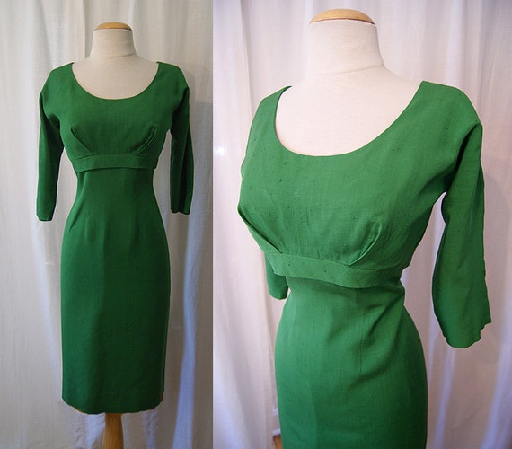 Gorgeous 1950's / 1960's kelly green silk linen blend Joan Holloway style curve hugging wiggle dress rockabilly bombshell - size Large