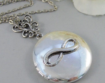 Antique Infinity,Infinity Necklace,Infinity Locket,Infinity Jewelry,Locket Necklace,Photo Locket,Infinity in Handmade,Infinity Pendant