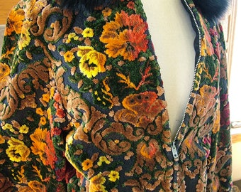 Vintage 1970s Tapestry jacket Fantastic vibrant color fur collar coat outerwear ski jacket