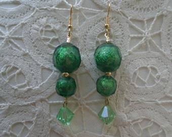 Vintage Emerald Green Faceted Dichroic Glass Bead Dangling Earrings