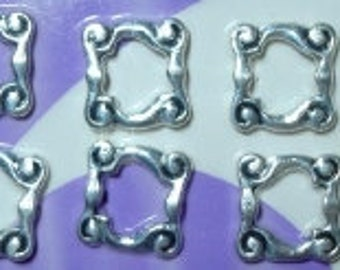 BEADS 8 Antique Silver plated 14x14mm Bead Frame Finding Links Spacer Beads FPB058