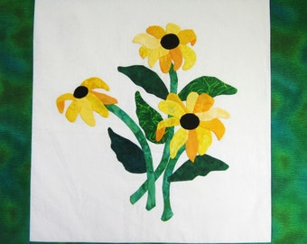 Quilted Wallhanging - Appliqued Black Eyed Susans on White with Green Border