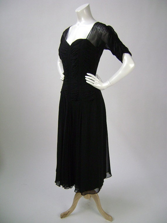 40s Cocktail Dress / 40s Short Sleeve Dress / Sheer Sleeves / Ruched Bodice / Flared Skirt / Small B34 W26 / Metal Zipper