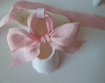Baby Girl Shoes . Christening Shoes . Infant Ballet Slippers . Pink and White Silk Baby Shoes Flats Booties . Handmade Silk Slippers