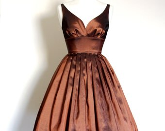 UK Size 10 Copper Taffeta Sweetheart Prom Dress - Made by Dig For Victory
