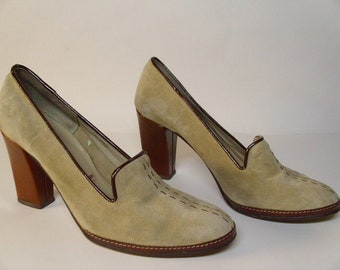 Vintage 1960's/1970's Mikelos Suede Heels  Made In Italy  Size 6 1/2