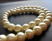 Glass Pearls Off White 10mm Round Full Strand