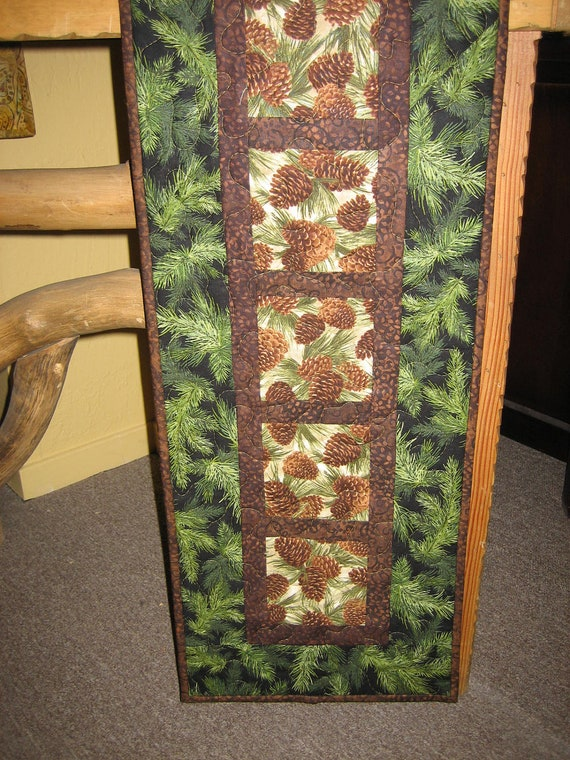 Quilted Table Runner, Mountain Rustic Pine Cones and Green Pine Boughs