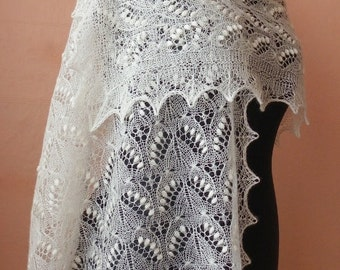 Hand knitted natural white Haapsalu shawl made with Queen Silvia pattern, traditional Estonian lace- CUSTOM MADE