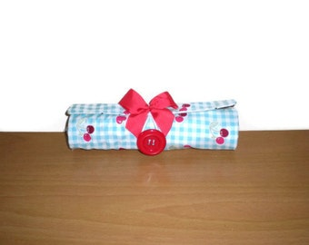 Brush/Pencil roll Travel accessorycottage cherry print holds 14 brushes suits 6 inch brushes washable