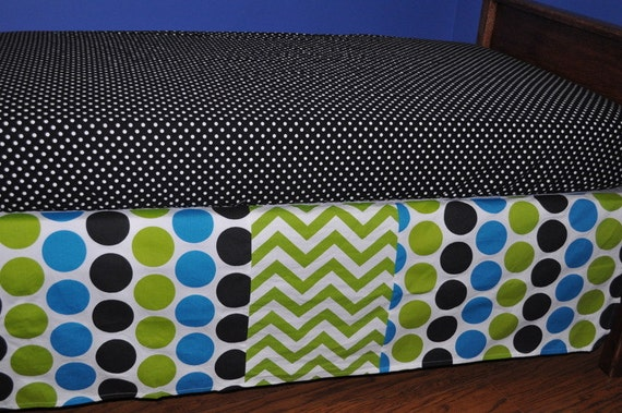 SALE 2 Piece Crib Bedding Set Polka Dot And Zig By Dezignzbyliz