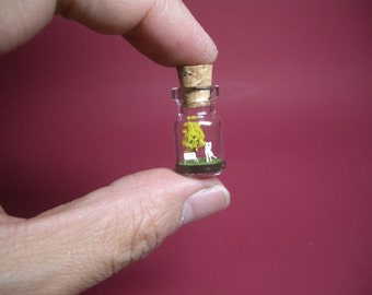 Tiny yellow tree and a couple in a tiny bottle ver.1 B