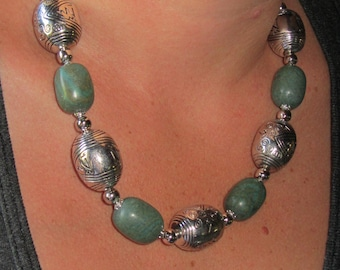 Boho, chunky Necklace, beaded stone and metal, silver, green, tribal, adjustable chain, handmade statement jewelry, artisan, chunky necklace