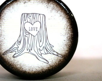 Love Stump Powder Box