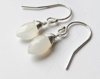 Sterling Silver Moonstone Earrings, Dangle Earrings, June Birthstone Earrings, Bridesmaid Gift, Wedding Gift, Mothers Day Gift